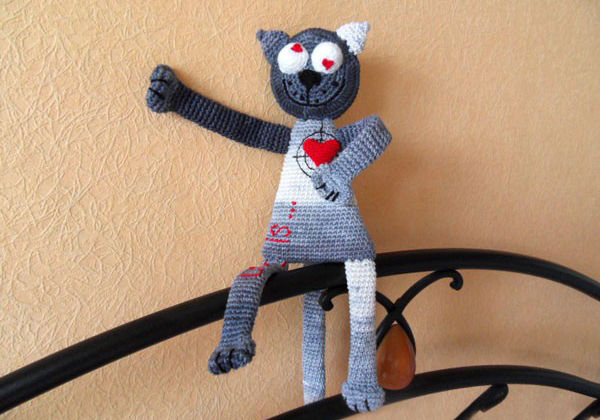 амигуруми Влюбленный кот